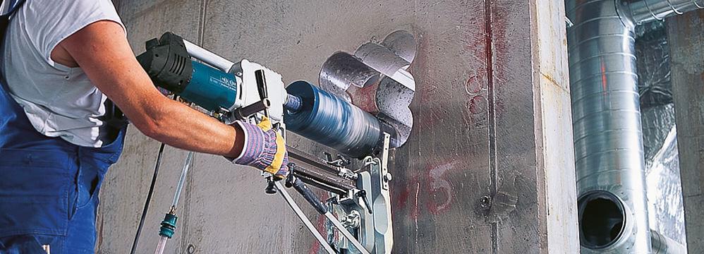Elektrowerkzeuge_Kernbohrmaschine_998x360 Die Kernbohrmaschine bohrt sich durch das härteste Material