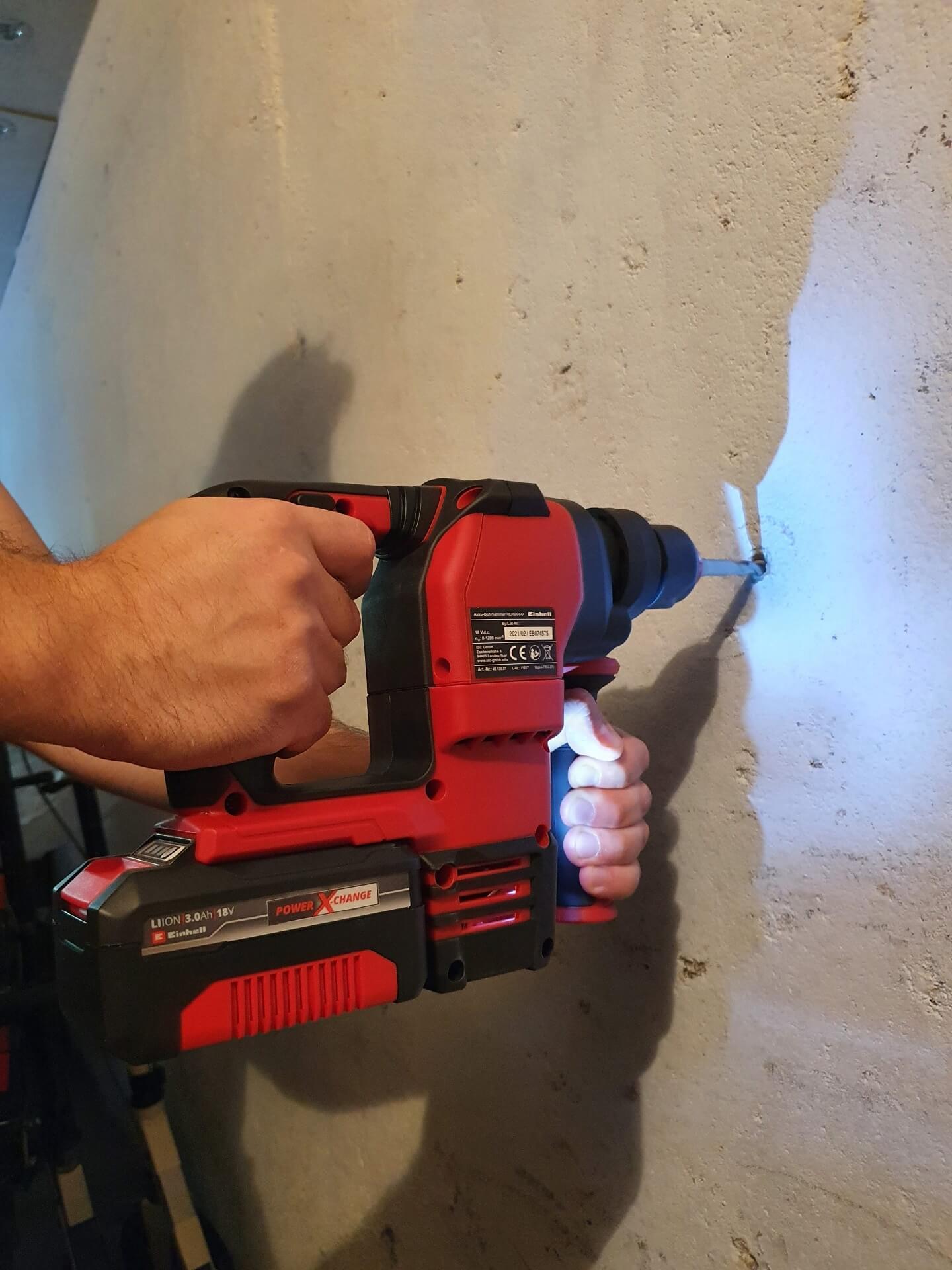 16 Produkttest: Einhell Akku-Bohrhammer HEROCCO